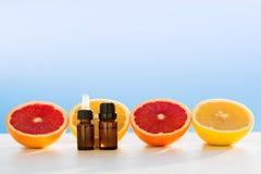 Grapefruitowi istotni oleje Zdjęcie Stock