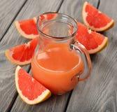 Grapefruitowy sok Zdjęcie Royalty Free