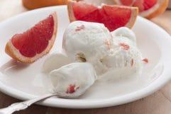 Grapefruitroomijs Stock Foto's