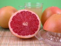 Grapefruitsaft stockbilder