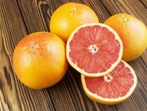 Grapefruitsaft im Glas Lizenzfreie Stockfotos