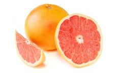 Grapefrukt med segment royaltyfri foto