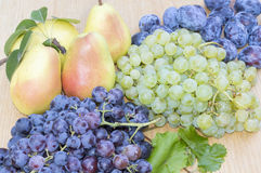 Grapes, pears and plums Royalty Free Stock Photography