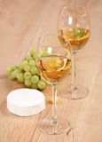 Grapes and white wine Stock Photography