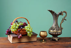 Grapes in a wicker basket Royalty Free Stock Image