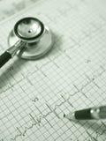 Graphique de stéthoscope et d'électrocardiogramme Image stock
