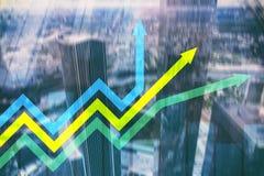 Graphique financier de flèches de croissance Investissement et concept marchand Photos stock