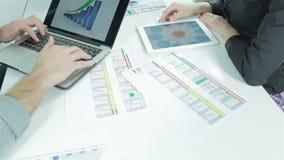 Graphiques et diagrammes banque de vidéos