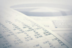 Graphiques et diagrammes de marché boursier de comptabilité financière Photos stock