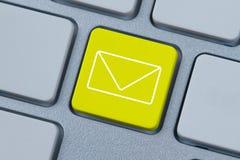 Graphisme de courrier Photos stock