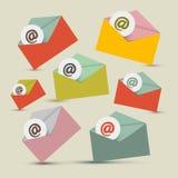 Graphismes de vecteur d'email réglés illustration stock