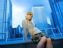 Grappig Chinees meisje in openlucht Stock Foto