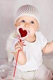 Grappig meisje met hart royalty-vrije stock fotografie