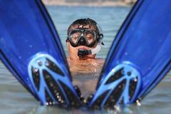 Grappig snorkel mens Stock Afbeelding