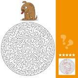 Grappig spel voor kinderenonderwijs labyrint Help de Beeldverhaalhond het Been vinden Stock Foto's