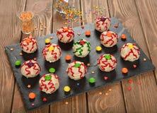 Grappige cakes voor Halloween Stock Afbeeldingen