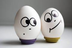 Grappige grappige eieren twee eieren het recht Stock Fotografie