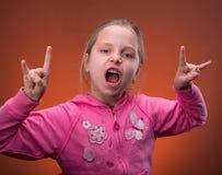 Grappige meisjesrots uit royalty-vrije stock foto's