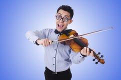 Grappige mens met viool op wit Royalty-vrije Stock Afbeeldingen