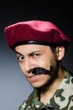 Grappige militair in militair Royalty-vrije Stock Fotografie