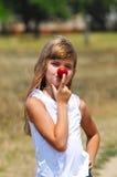 Grappige neus met appel Stock Foto's
