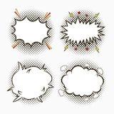 Grappige toespraakbellen op punten halftone achtergrond met sterren en bliksem Schets van lege dialooggevolgen in pop-artstijl vector illustratie