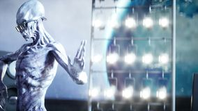 Grappige vreemdelingen die op de maan dansen UFOconcept Aarde op achtergrond Ruimtepartij Realistische 4K animatie stock illustratie