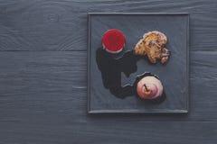 Gras rôtis de fois de foie d'oie avec la poire, nourriture de restaurant Photo stock