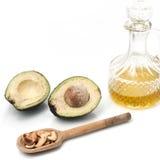 Grasas sanas Fuente de Omega 3 Aguacate, Olive Oil y nueces fotos de archivo