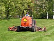 Grasausschnitttraktor Lizenzfreies Stockbild