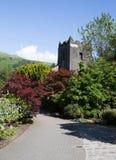 Grasmere村庄教会Cumbria英国普遍的旅游目的地英国湖区国家公园 图库摄影