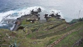 Grasrampe in Santa Maria, Azoren lizenzfreie stockfotografie