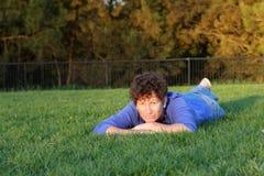 grass laying senior woman Στοκ Φωτογραφίες