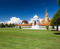 Grass outside The Emerald Budha Temple Royalty Free Stock Photography