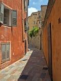 Grasse - alte Straße Lizenzfreies Stockfoto