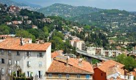 Grasse - panoramautsikt av den Grasse staden Royaltyfri Foto