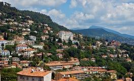 Grasse - panoramautsikt av den Grasse staden Royaltyfri Fotografi