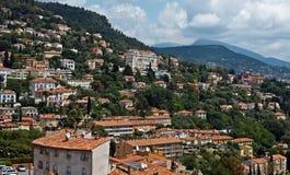 Grasse - panoramautsikt av den Grasse staden Royaltyfria Bilder