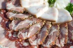 Grasso della salsiccia, della carne e del porco affettato Fotografia Stock Libera da Diritti