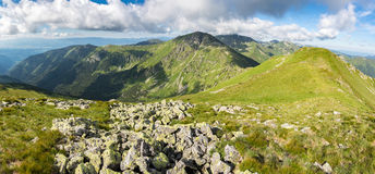 Grassy ridge of amazing summer mountains Royalty Free Stock Photography