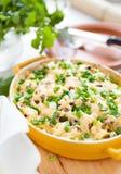 Gratin гриба с сыр пармесаном в баке для печь Стоковые Фотографии RF