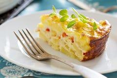 Gratin de petit déjeuner de pomme de terre et de poivre Image stock