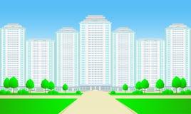 Grattacieli della città con la strada, l'albero e l'erba Fotografia Stock Libera da Diritti