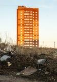 Grattacieli di appartamento arancio e rossi luminosi Fotografia Stock