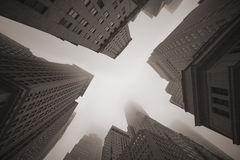 Grattacieli di New York in nebbia Immagine Stock