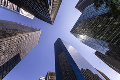 Grattacieli e cielo blu di New York Fotografia Stock Libera da Diritti
