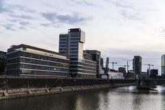 Grattacieli moderni dell'ufficio a Dusseldorf, Germania Fotografia Stock Libera da Diritti