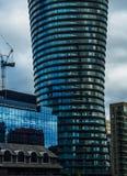 Grattacieli moderni di affari, alte costruzioni di vetro, archit moderno Fotografia Stock Libera da Diritti