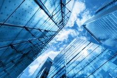 Grattacieli moderni di affari, grattacieli, architettura che si alza al cielo, sole Immagini Stock