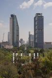 Grattacieli nella passeggiata di Reforma fotografia stock libera da diritti